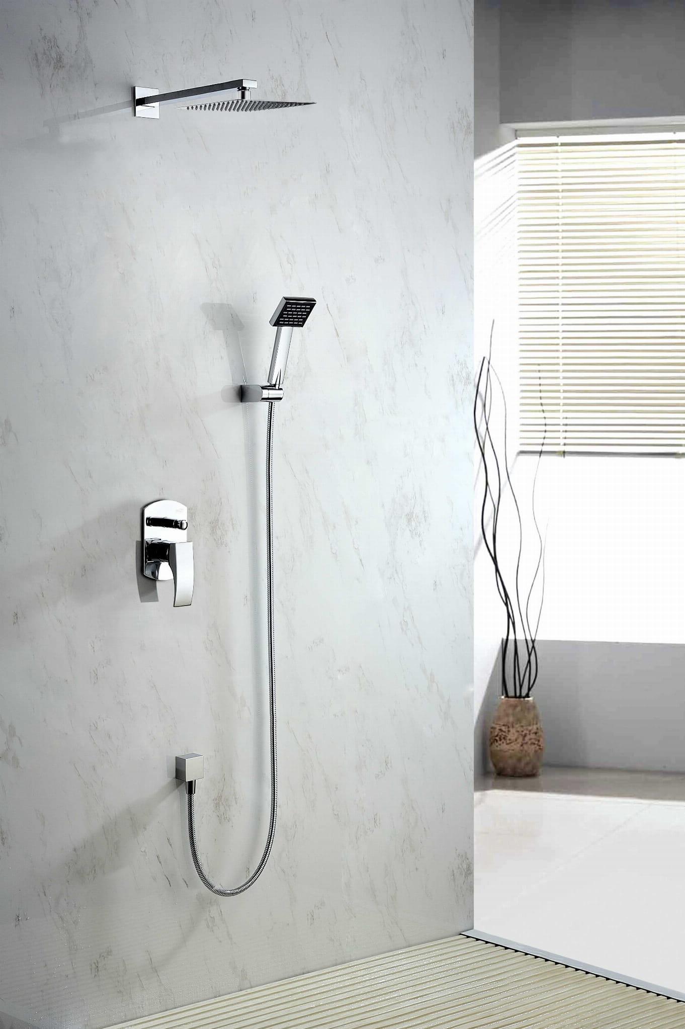 Blue Water Liwia zestaw prysznicowy podtynkowy z deszczownicą chrom LIW-ZKP.150C